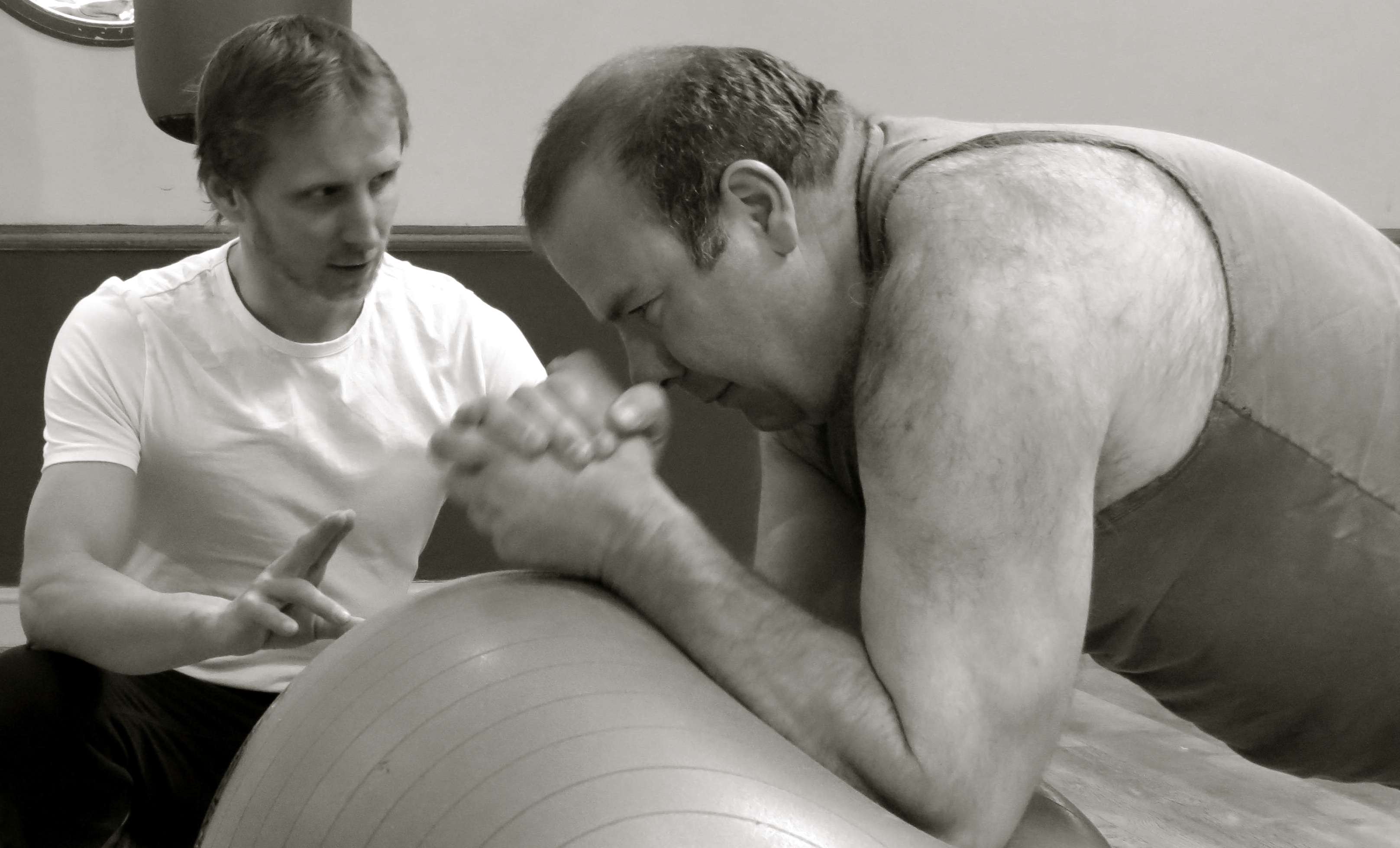 gym ball plank